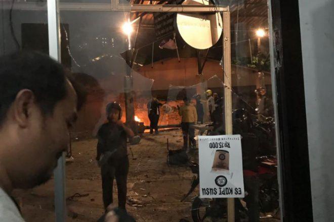 Basecamp Supporter PSM Di Jakarta Diserang, Cafe dan Motor Dilempari Batu