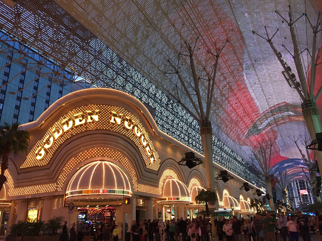 Budget-Friendly Las Vegas Attractions: Fremont Street Downtown Las Vegas  | Will Bake for Shoes