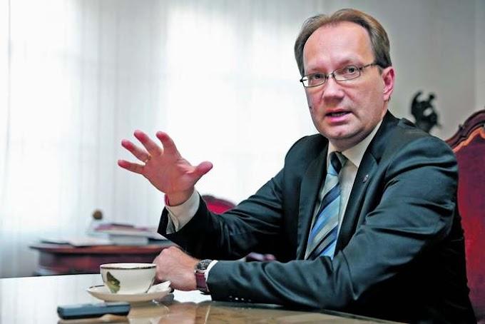 Pécs baloldali polgármestere is leállítaná a közszolgáltatásokat