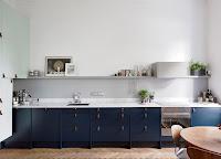 Scandinavian kitchen with gray backsplash example
