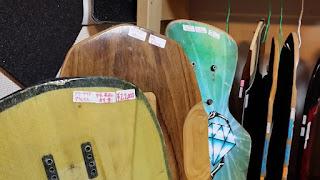 中古ロングスケートボードデッキやオールドスクールデッキ