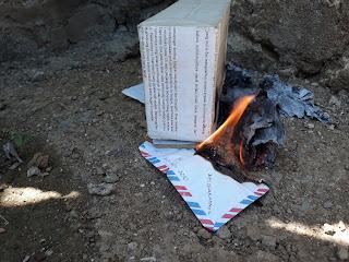Surat-surat dari masa lalu