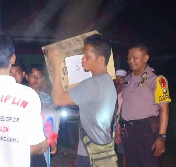 Aiptu Yuliyanto Kawal Citra Bhayangkara Subsektor Duri Utara kirim Logistik Bantuan KorbanTsunami Pandeglang Banten
