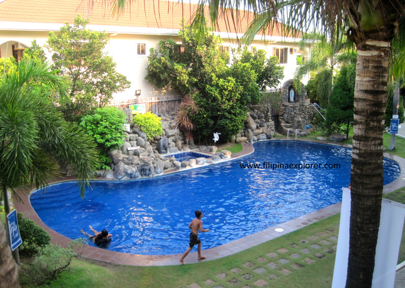 Bataan white corals resort review morong bataan where crappy service meets crappy food for Beach resort in bataan with swimming pool