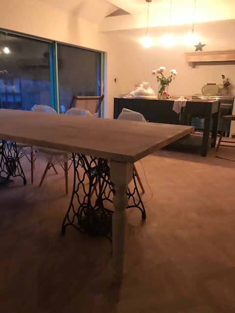 Makeover - A Dining Table Made From Scaffold Boards - Roses