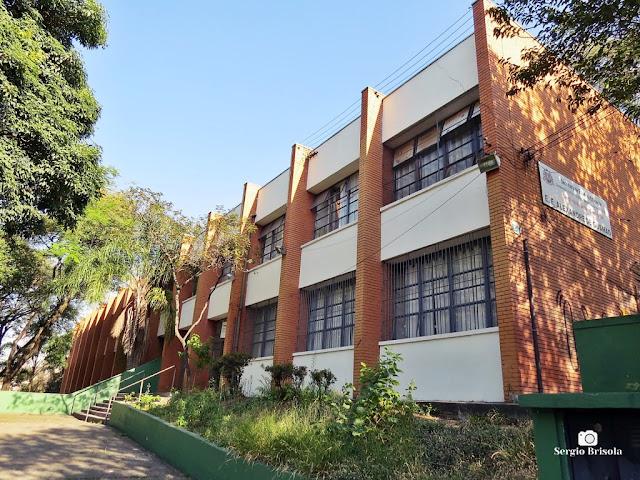 Vista ampla da Escola Estadual Alexandre de Gusmão - Ipiranga - São Paulo