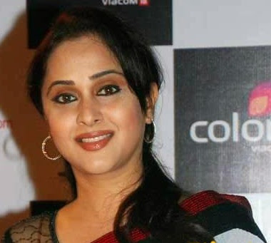 Mrinal Kulkarni Wiki, Height, Weight, Age, Husband, Family and Biography
