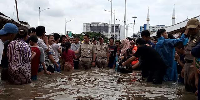 Banjir Jakarta Dan Solidaritas