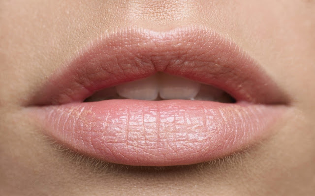 Understanding and Reconstructing Beautiful Lips