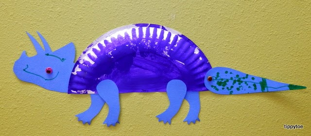 Tippytoe Crafts Paper Plate Dinosaurs