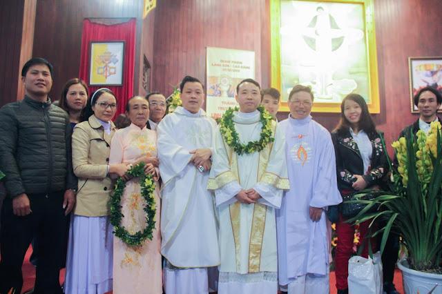 Lễ truyền chức Phó tế và Linh mục tại Giáo phận Lạng Sơn Cao Bằng 27.12.2017 - Ảnh minh hoạ 200