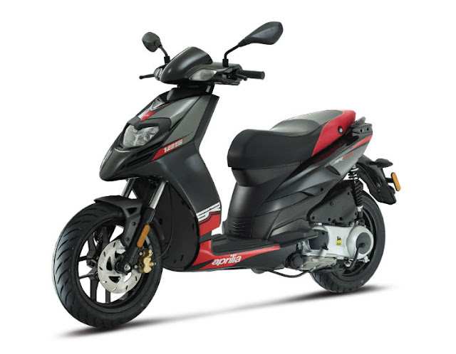 New 2018 Aprilia SR 125 side view image