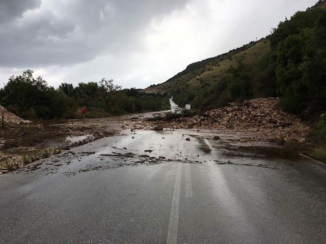 Αποκλεισμένος ο δρόμος Ηγουμενίτσα - Πλαταριά (+ΦΩΤΟ)