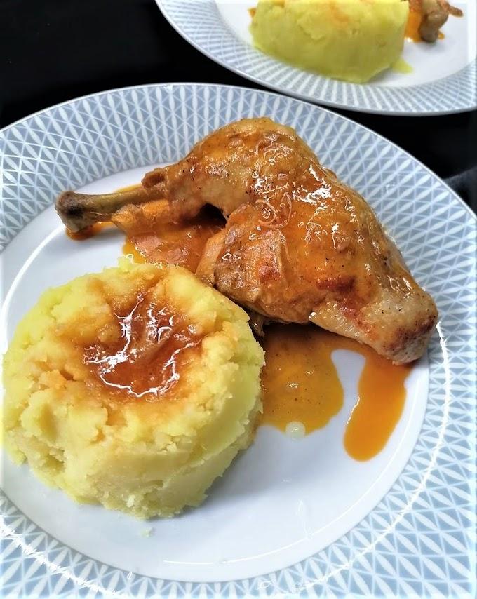 Κοτόπουλο κοκκινιστό με πουρέ