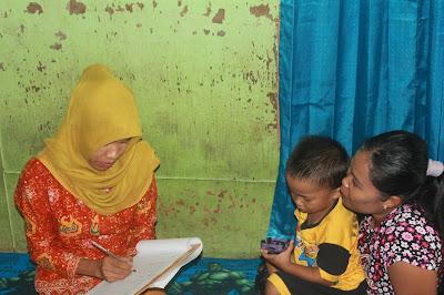 pengecekan kesehatan dan perkembangan anak di posyandu