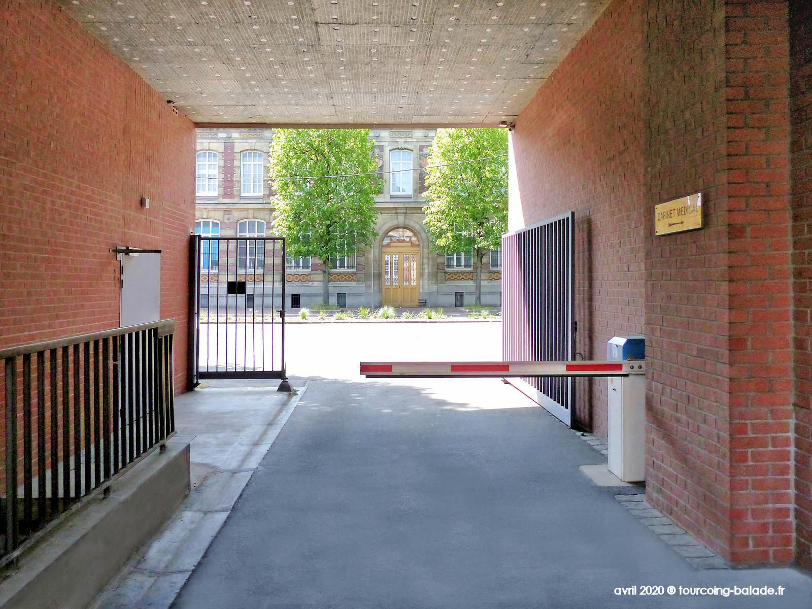 Barrière levante Résidence Maeterlinck, Tourcoing 2020