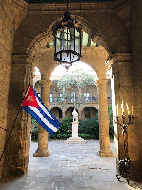 Palacio de los Capitanes Generales - entrance Museum de la Ciudad