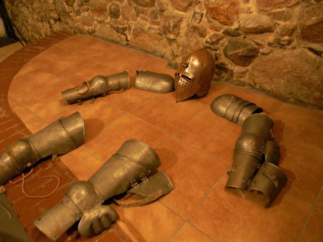 W zamku w Kożuchowie można zobaczyć ślady dawnej świetności.