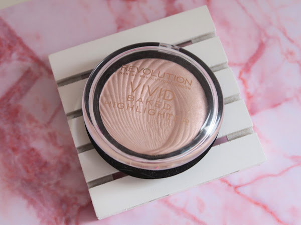 Review - Iluminador Vivid Baked Peach Lights Makeup Revolution
