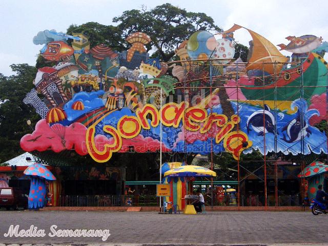Wisata Taman Rekreasi Wonderia di Semarang