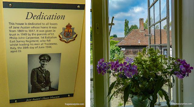 Homenagem ao Tenente Carpenter, cujos pais possibilitaram a instalação do Museu Jane Austen