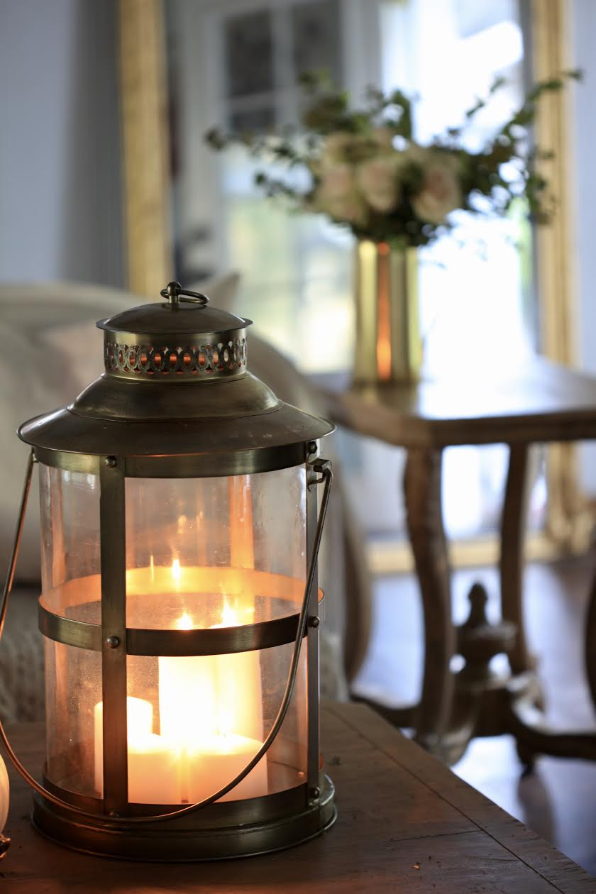 Autumn Living Room Decorating: FRENCH COUNTRY COTTAGE