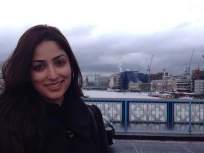 Yami Gautam at London gallery