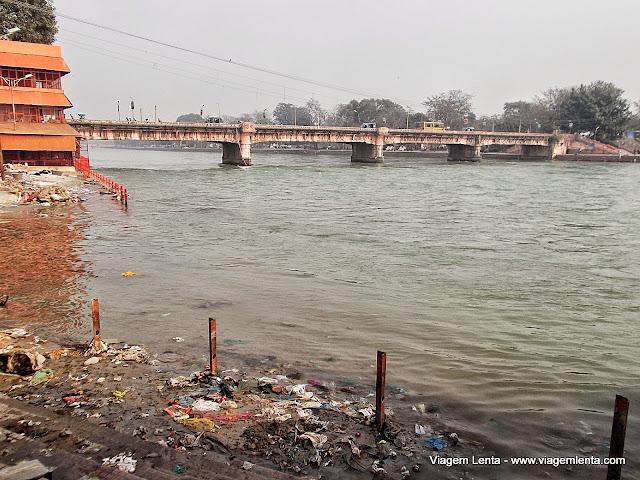 O Ganges em Haridwar: já não tão limpo