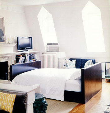 Bungalow 1a: How to Decorate A Studio Apartment