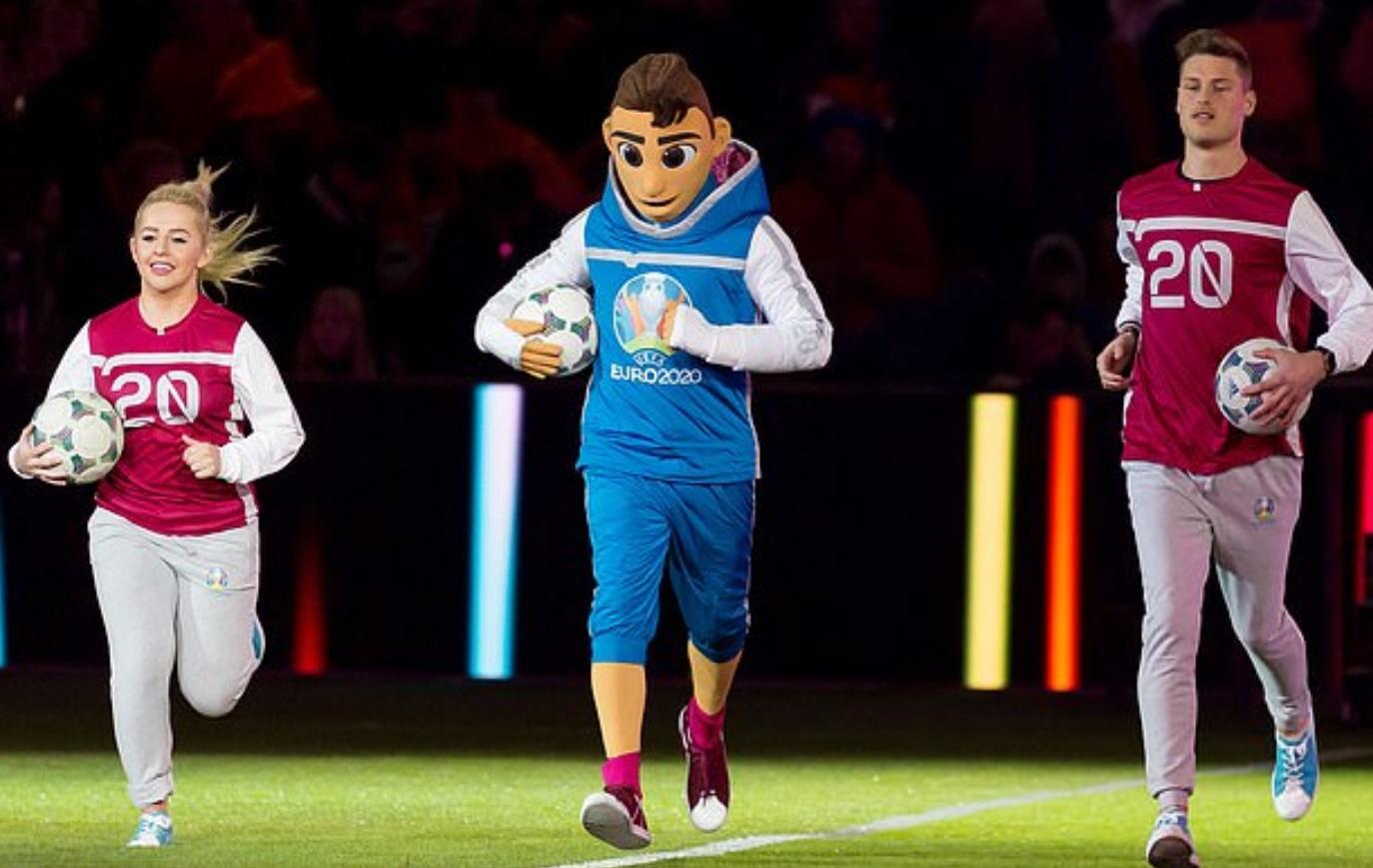 Skilzzy Promoting Street Football