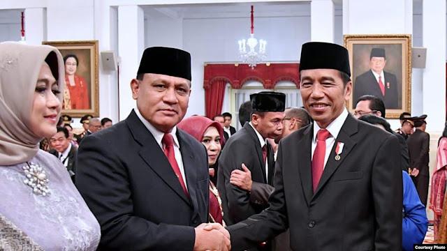 Presiden Jokowi Resmi Lantik Pimpinan dan Dewan Pengawas KPK
