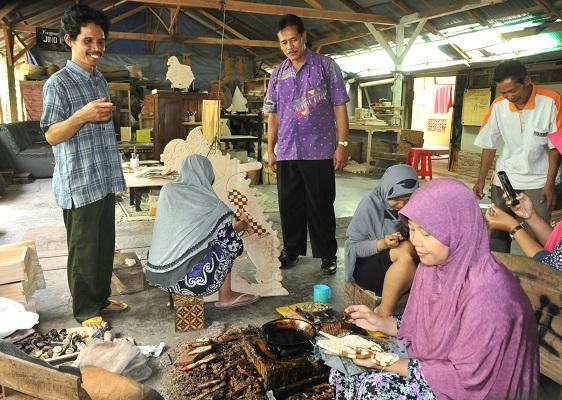 Image result for site:http://www.mediawisata.net/2019/03/potensi-batik-sebagai-daya-tarik-desa.html