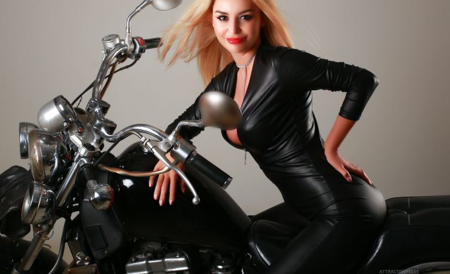 AttractiveReese Model GlamourCams