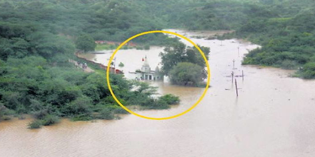 BHIND-MORENA: घरों में पानी घुसा, 27 गांव टापू बने, कोटेश्वर तीर्थ में 14 साधु फंसे