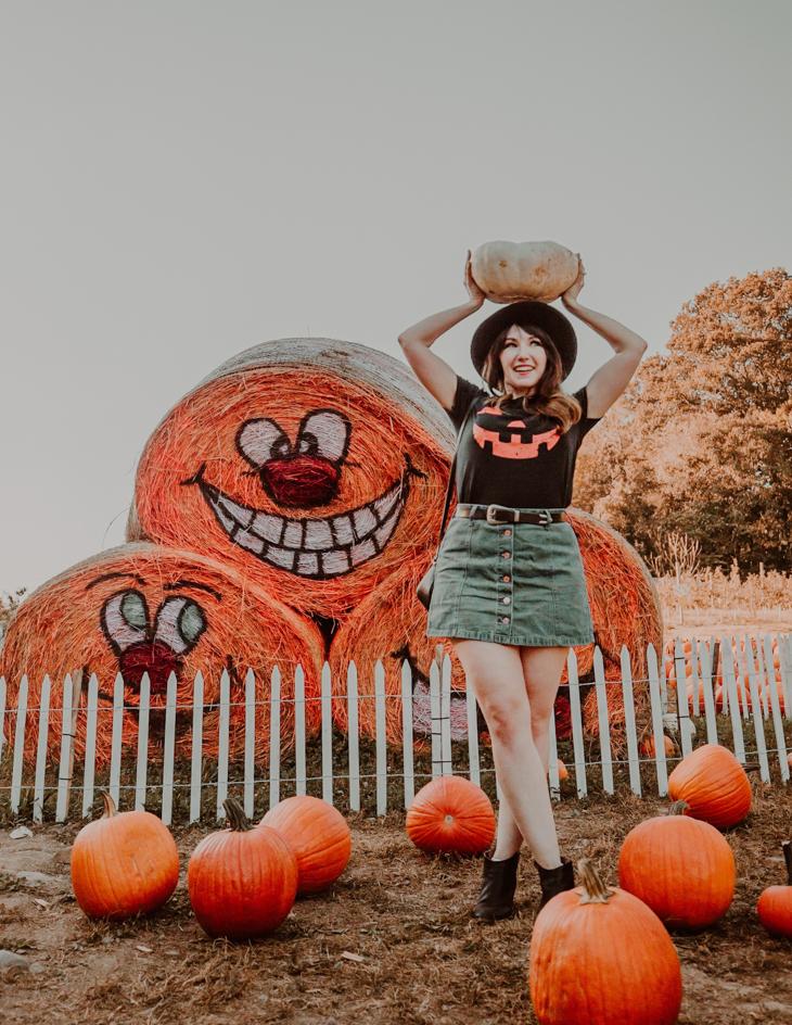 Pumpkin picking outfit — Halloween shirt — Cute pumpkin patch outfits — fall pumpkin patch outfits — Cute outfits for pumpkin patch