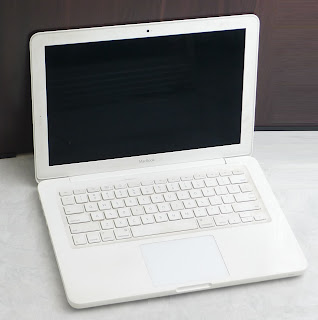 MacBook White (13-inch, Mid 2010) Bekas