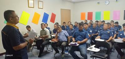 koordinasi keamanan jemputan karyawan pabrik di kawasan Bekasi 3