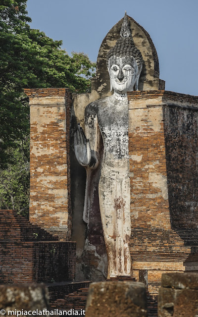 Sukhothai, standing Buddha from Wat Mahathat