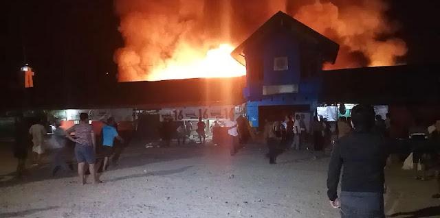 Pasar Tempe Wajo Terbakar, Ratusan Kios Rata Dengan Tanah