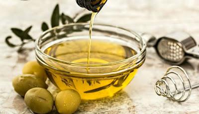Gambar minyak zaitun