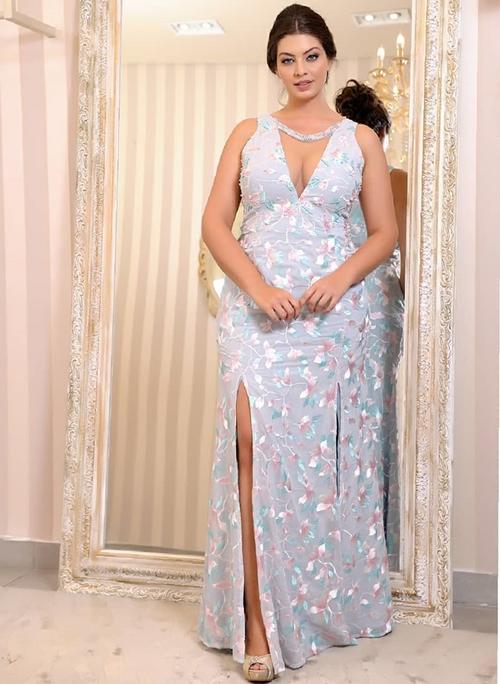 vestido longo lavanda plus size