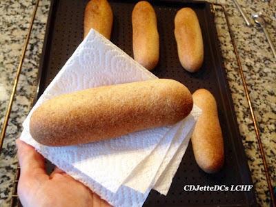 CDJetteDCs LCHF hotdogbrød, næsten som pølsemandens