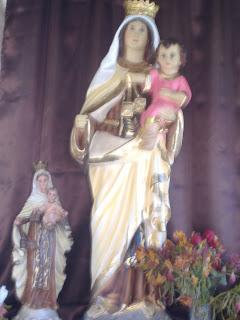 Calendario  de Fiestas Marianas: Nuestra Señor de los Milagros, St. Maur del  Fosses, Francia.
