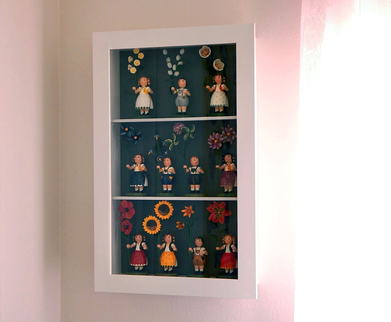Sa Bess Vintage Ikea Kasseby Hack Make A Doll Display Case