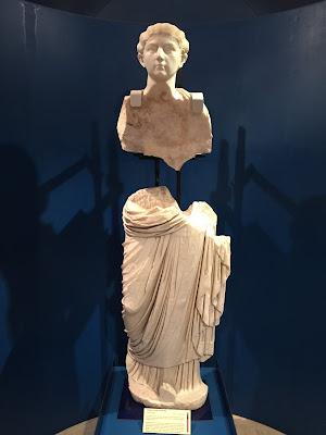 Statue in Domus Romana in Mdina.