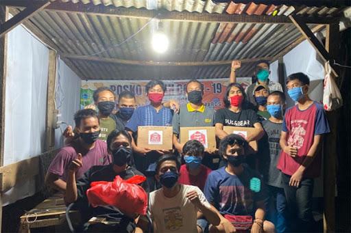Tim Peduli Covid-19 Remaja Bontoa Mandai Maros Aksi Sosial Berbagi ke Warga