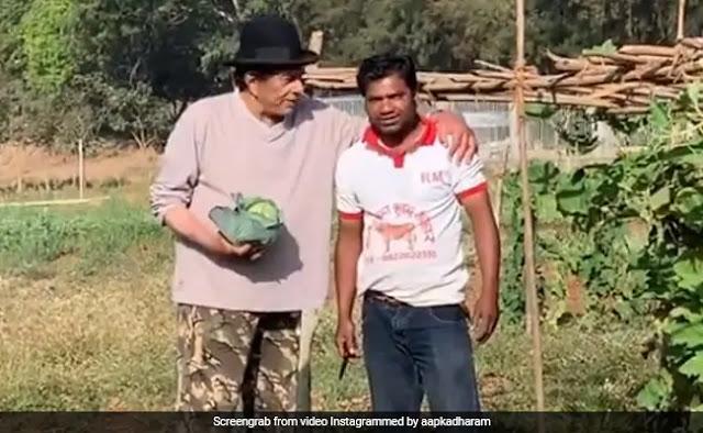 धर्मेंद्र के खेत में उगी पत्ता गोभी, तो खुशी में किसान के साथ बनाया Video और बोले- ये हीरो है
