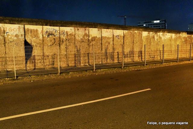 Muro de Berlim, em Checkpoint Charlie, Berlim