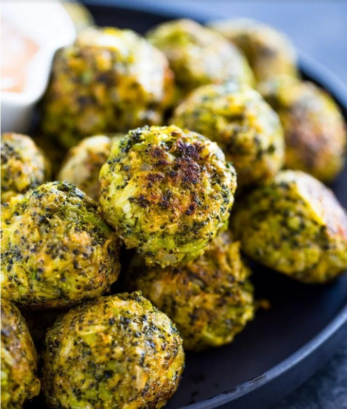 Low Carb Broccoli Cheese Balls