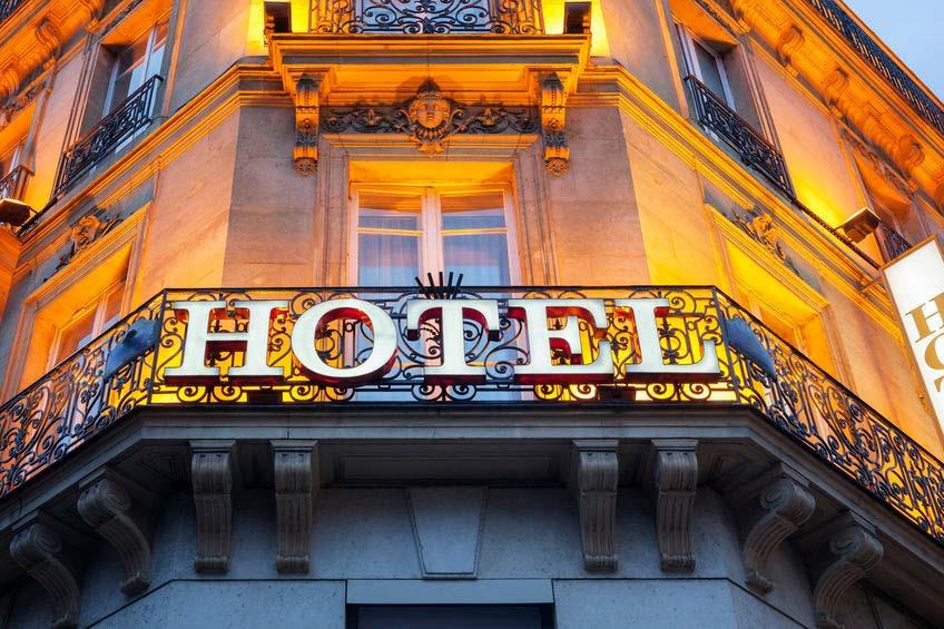 Recibo llamada de noches de hotel por euros